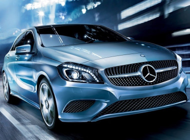 image of: Mercedes cars in Delhi